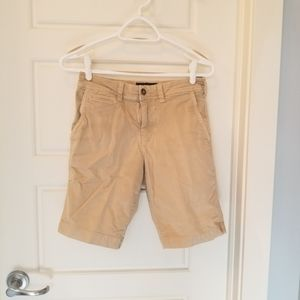 American Eagle Outfitters tan mens shorts